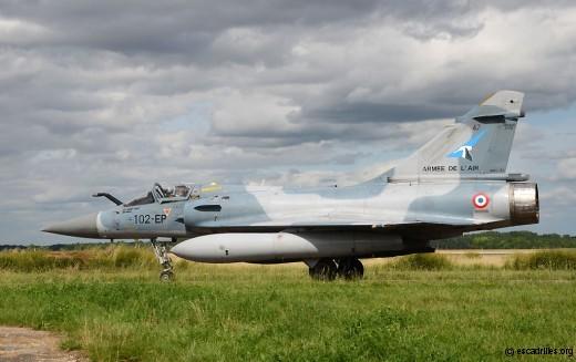 Vu en juin 2011, peu de temps avant la fermeture de la BA 102, le 2000-5F n°47, côté SPA 3
