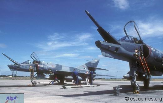 Etendard 1999 16F-107
