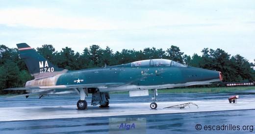 F100F vu en 1978 Mass-740