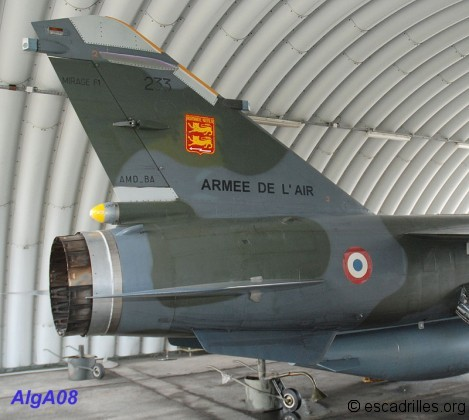 Dérive ornée du célèbre insigne du Normandie-Niémen