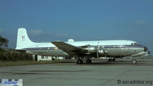 DC6 1977 64PL