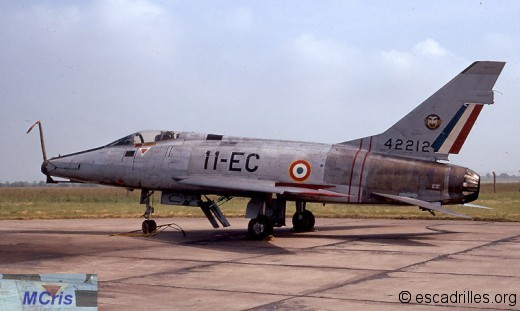 F-100 1972 11-EC