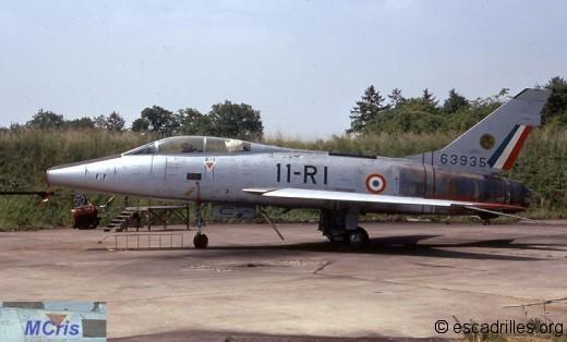 F-100 1972 11-RI