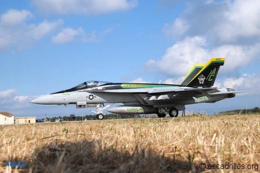 F18 2010 AC-400