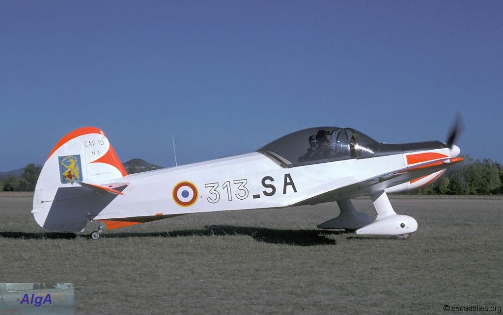 Mudry CAP 10 - Escadrilles