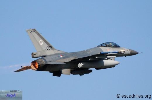 F16_2010_J062-v