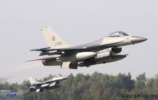 F16_2010_J136-v