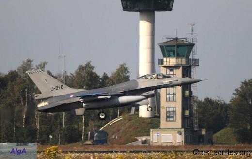 F16 2010 J876