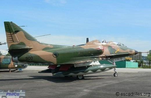 TA-4SU  sn 900 nouveau pensionnaire du musée