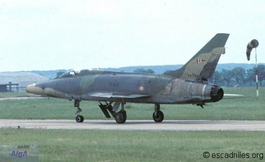 """F-100F du 2/11 """"Vosges"""""""