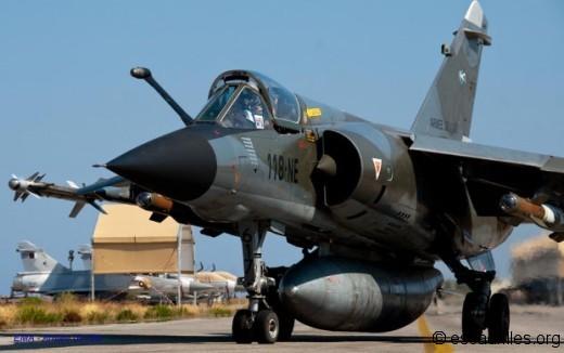 F-1CR au roulage à La Sude