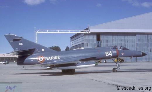Super Etendard de la 17F en 1984, à Garons