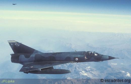 Mirage IIIE du 1/3 en vol