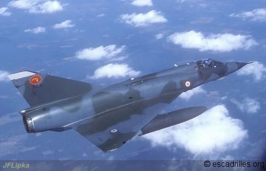 Mirage IIIE du 2/3 en vol