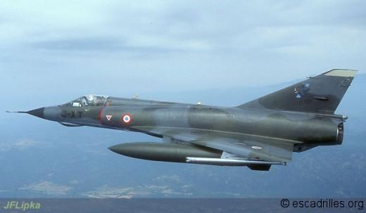Mirage IIIE du 3/3 en vol