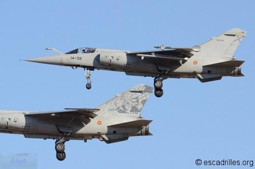 Finale PS de deux F-1M de l'Ala 14