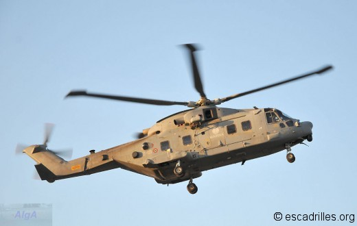 Merlin de la Marine venu à Albacete