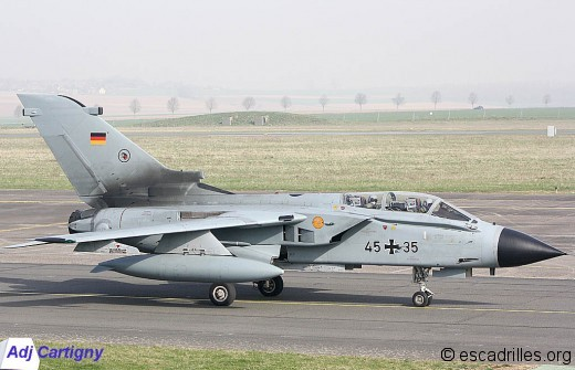 Tornado 2012 4535 ac92