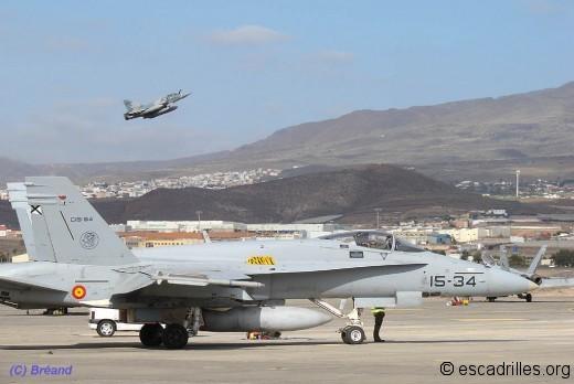 F-18 2000 15-34