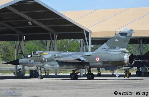 Sur la BA 118 en 2012, le F-1CR 118-CK rejoint son abri