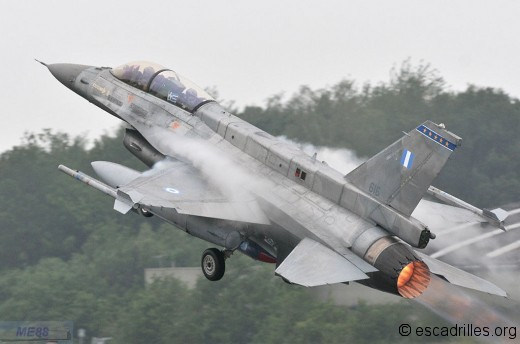 F-16 grec