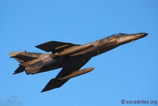 SEM 2010 17F-33
