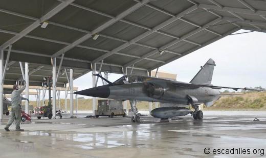 F-1CR 2012 start