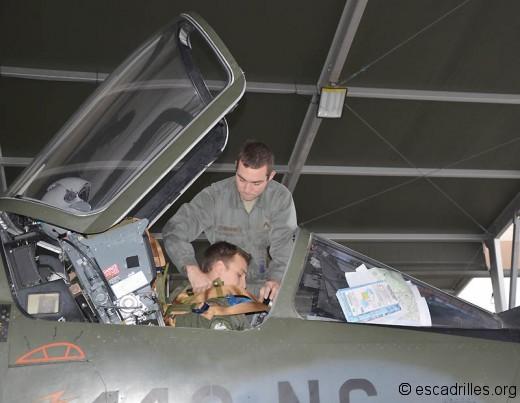 F-1CR Brélage