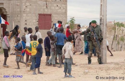 Commando population