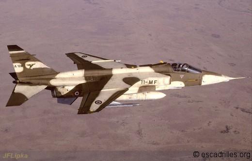 Jag sable 11-MF au dessus du Tchad près d'Abéché 03/88
