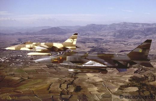 Deux Jaguar en PS en BA près du pic Saint-Loup en novembre 1988