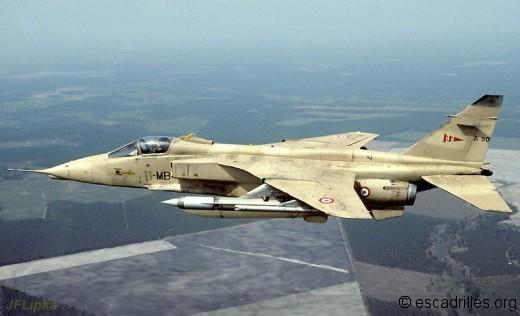 Jaguar 2002 11-MB JFL