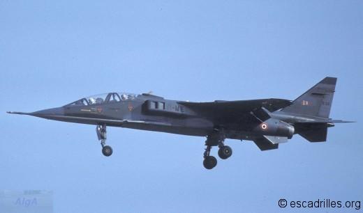 Jaguar_E22-11ME_1981
