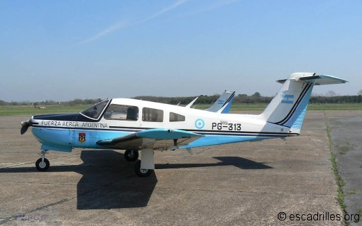 Piper-PA28-Arrow_FAA_PG313_pc