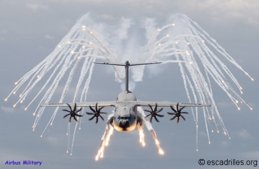 A400M_2013_flares_