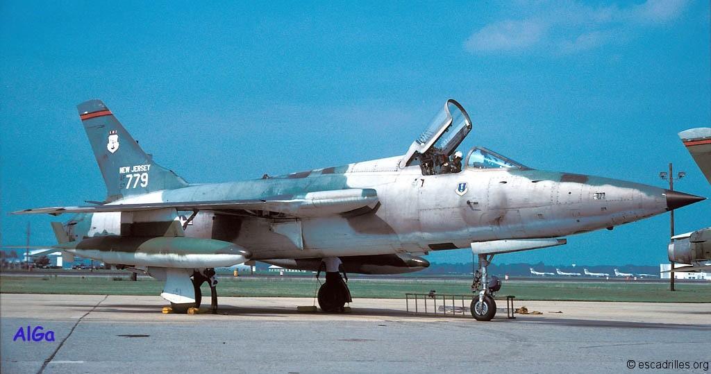 F105B_1980_ Nj5779_2