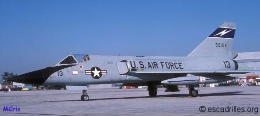 Jusqu'en 1988, le 159è FIS (Florida ANG) volait sur Delta Dart