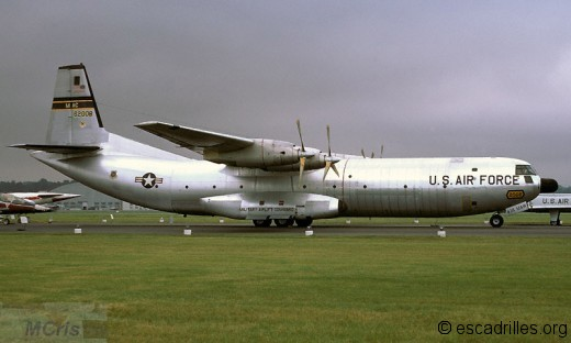 C-133 à la retraite vu en 1971