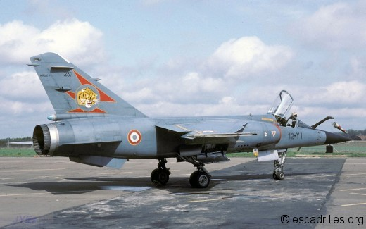F-1 12-YI 1982
