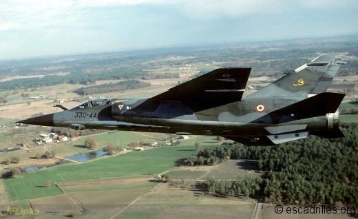 F1CR_1989_330-AA_JFL