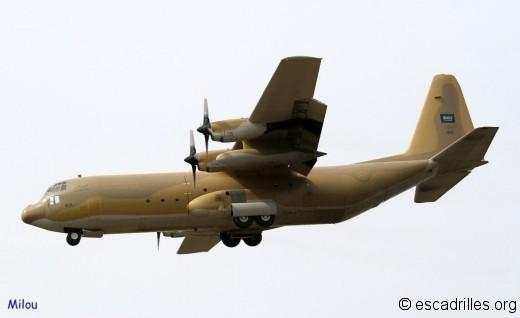 Un des quatre C-130