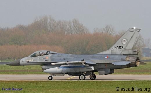 F16 2014_J-063_fb