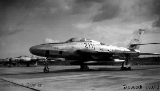 RF-84F 27304 1/33