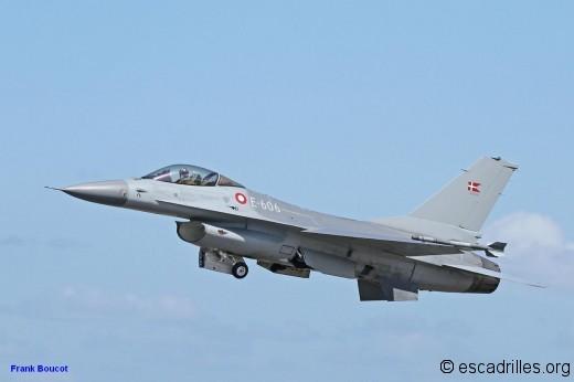 F16_RDAF_E-606_fb_