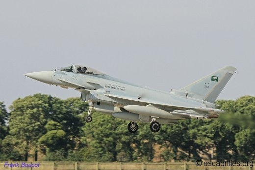 Typhoon_2014_RSAF-313_fb