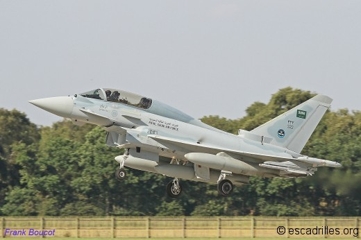 Typhoon_2014_RSAF-322_fb