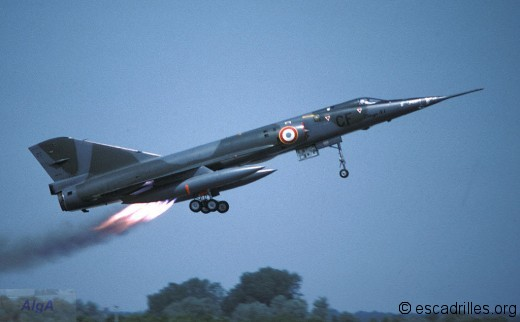 Décollage JATO de Mirage IVA vu en 1977
