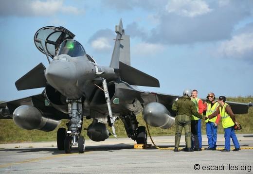 Rafale_2014_12F-13_pilote-meca