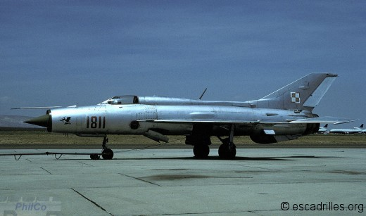 Quelques-uns parmi les vieux MiG du Pacte échappent à un destin de casserole