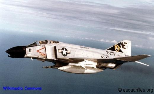 Phantom_VF21_Vietnam_1965_wiki
